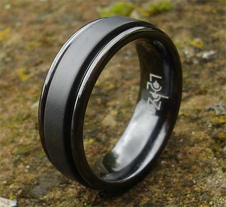 Men's black ring