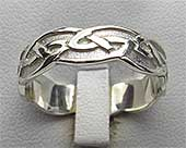 Silver Celtic ring with a Celtic wave pattern