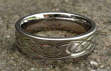Celtic titanium ring for men & women