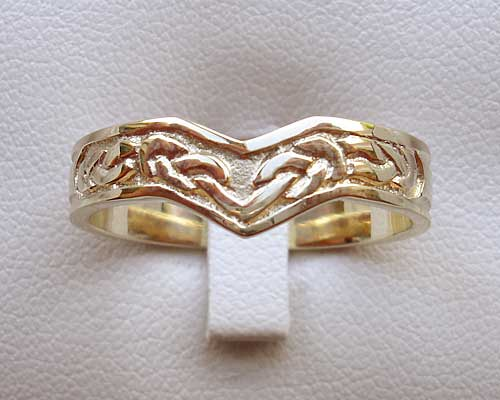 Celtic wishbone wedding ring
