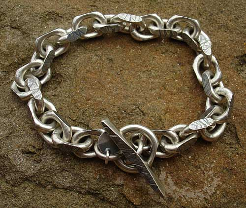 Chunky Men s Silver Chain Bracelet   LOVE2HAVE in the UK! 2ee515582