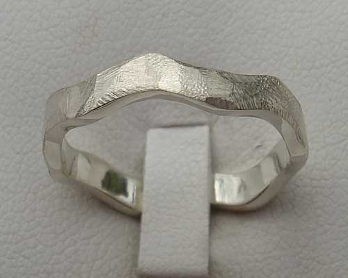'Ruff' Wave Textured Silver Ring