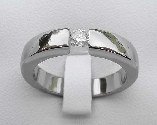 025ct 14 Carat Titanium Engagement Ring LOVE2HAVE in the UK