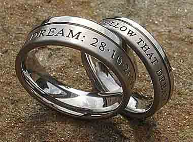 engraved titanium rings