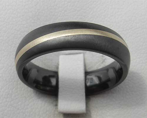 Gold inlaid black wedding ring
