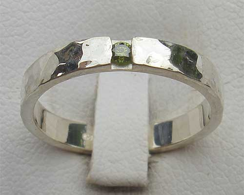 Green diamond hammered silver engagement ring