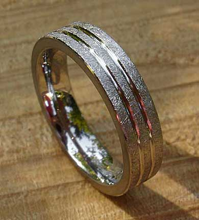 Wire brushed wedding ring