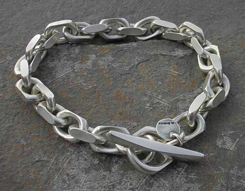 bcb2a6b8f8551 Men s Chunky Silver Chain Bracelet   LOVE2HAVE in the UK!