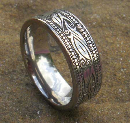 Celtic leaf titanium ring