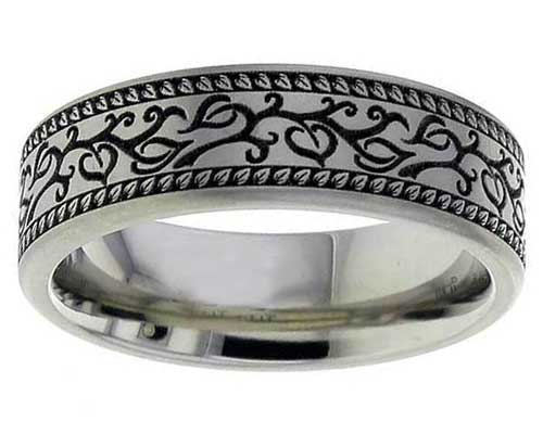 Titanium ring with a Celtic leafy woodland design