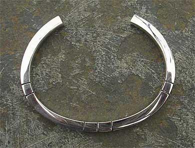 b19b7ffb4ac47 Men s Chunky Silver Designer Bracelet   LOVE2HAVE in the UK!