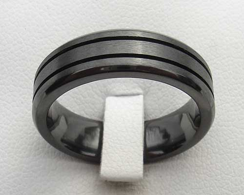 Mens grooved black wedding ring