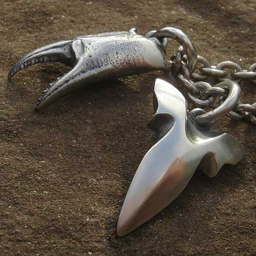 Mens Rock 'N' Roll Claw & Sharks Tooth Necklace