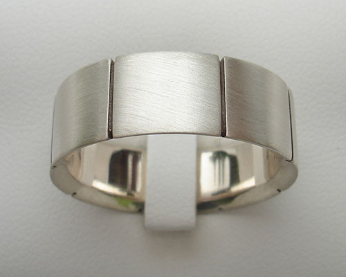 Size S Mens Etched Silver Wedding Ring
