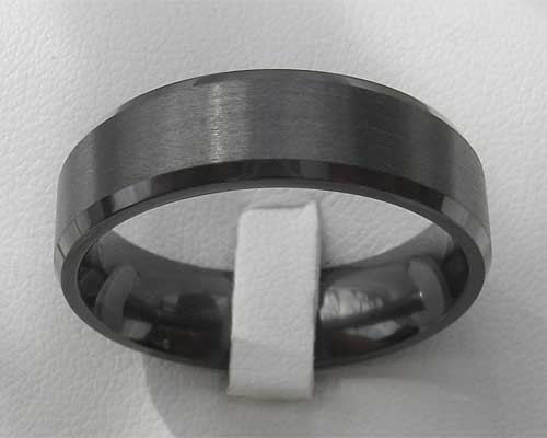 Mens unusual wedding ring