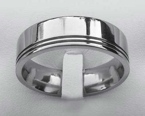Modern designer plain wedding ring