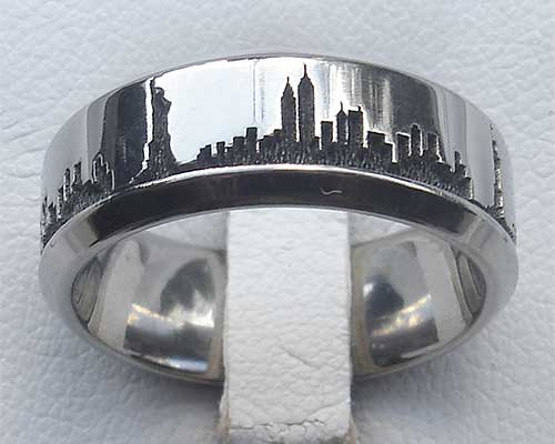 New York Skyline Titanium Ring