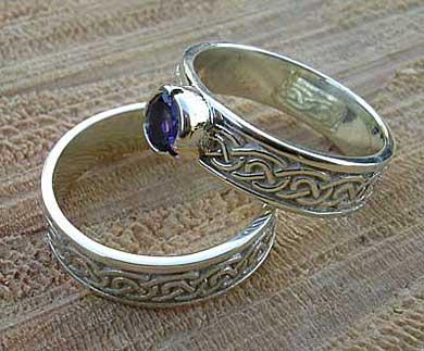 Scottish Celtic Knot Gold Wedding Ring