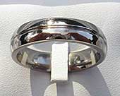 Rounded titanium wedding ring
