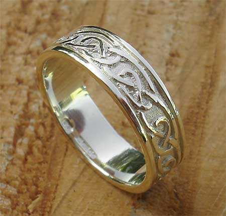 Scottish Celtic Gold Wedding Ring Love2have In The Uk