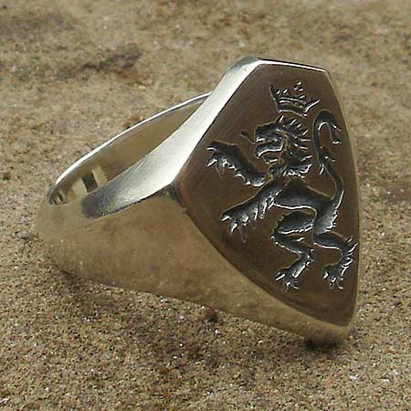 Silver British lion signet ring