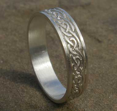 Silver Celtic Wedding Ring For Men Or Women LOVE2HAVE in the UK