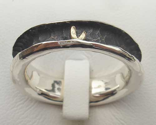 Womens Contemporary Gold & Silver Heart Ring