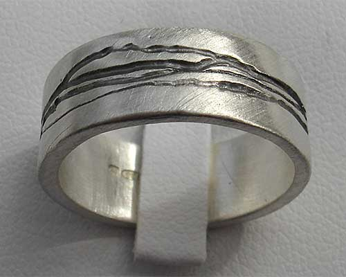 Womens Gold Or Black Etched Silver Ring