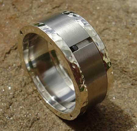 Diamond wedding ring in silver and stainless steel
