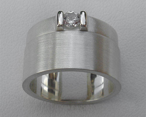 Contemporary Silver Wedding & Engagement Ring