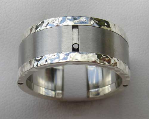 Diamond wedding ring in stainless steel and silver