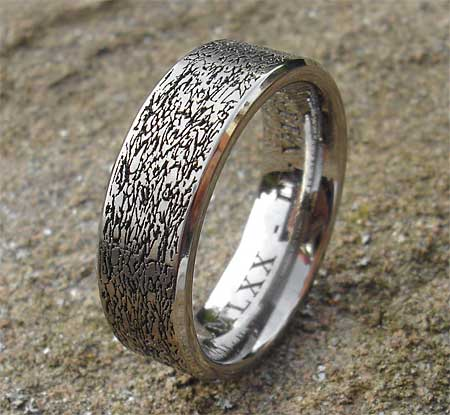 Textured pattern titanium ring