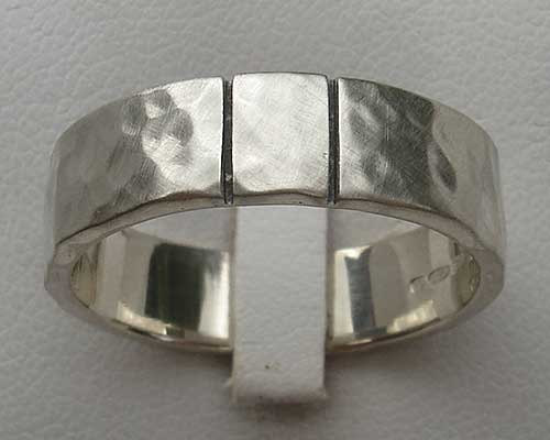 Two etched lines silver wedding ring