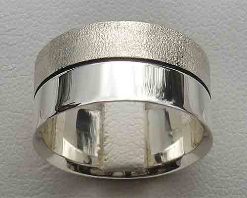Two Tone Finish Silver Ring