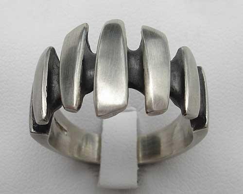 35c924b76c4 Unique Men s Designer Silver Ring   LOVE2HAVE in the UK!