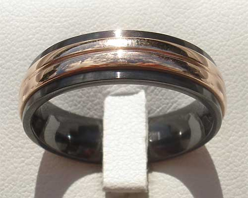 Unusual rose gold inlaid wedding ring