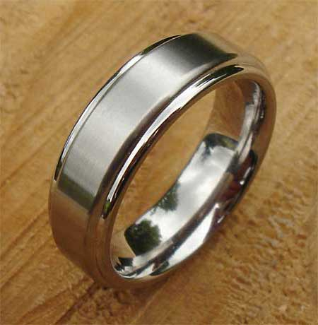 Designer plain wedding ring