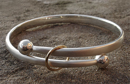 Women's beautiful gold and silver bangle