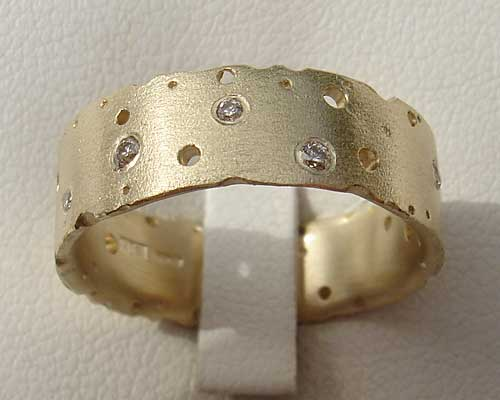 Womens Contemporary Diamond Gold Ring