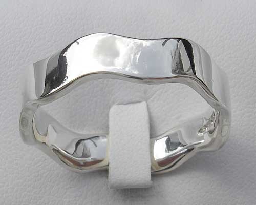 Women's contemporary silver wedding ring
