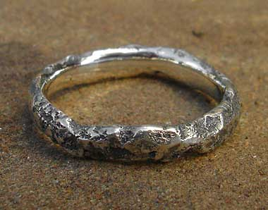 bdd4ecbdb8398 Unusually Heavy Textured Silver Ring : LOVE2HAVE in the UK!