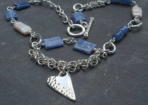 Women's modern Celtic necklace