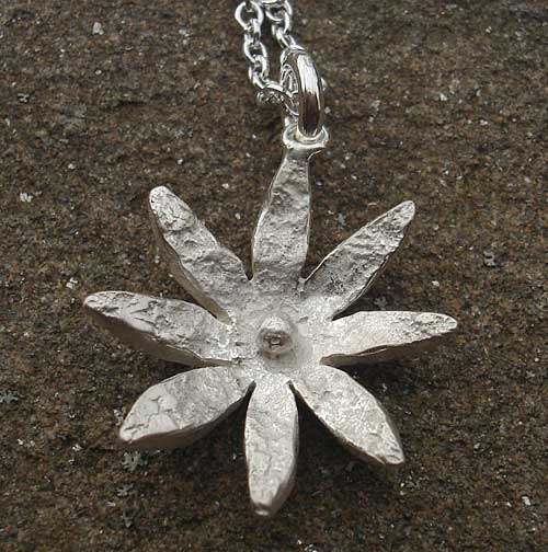 Silver Daisy Necklace For Women