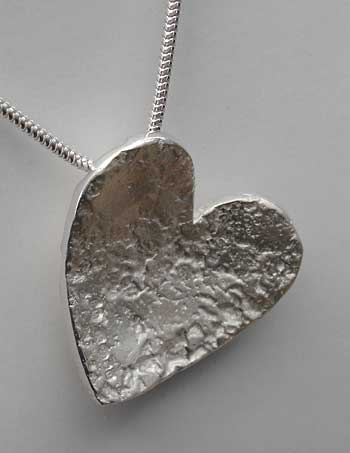 Women's sterling silver heart pendant