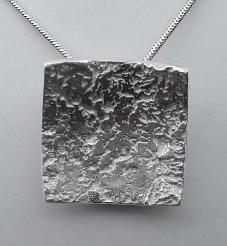 Womens Rocky Textured Silver Necklace